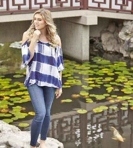 Fashionable off-the-shoulder top